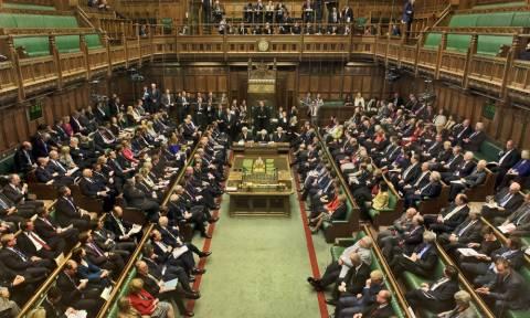 Τέλος στις προσλήψεις συγγενών των βουλευτών στη Βρετανία