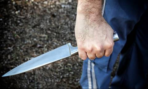 Σοκ στις Σέρρες: 22χρονος τραυμάτισε με μαχαίρι αξιωματικό του στρατού και αυτοτραυματίστηκε
