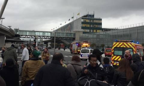 Επίθεση στο αεροδρόμιο Ορλί στο Παρίσι: Δείτε εικόνα από το σημείο