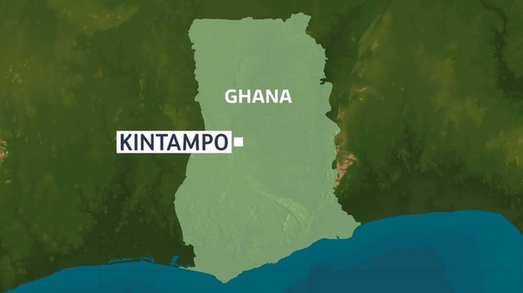 Φριχτό δυστύχημα στη Γκάνα: 20 άνθρωποι σκοτώθηκαν από την πτώση δέντρου (Pics+Vid)