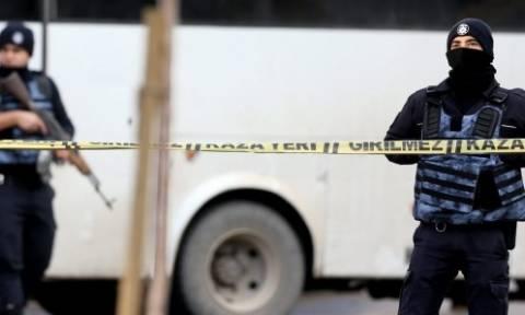 Τουρκία: Υπό κράτηση 2.000 άνθρωποι για εμπλοκή στην απόπειρα πραξικοπήματος