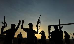 Τζιχαντιστές έπιασαν όμηρο έναν αστυνομικό διοικητή και οκτώ ακόμη αστυνομικούς στη Μοσούλη