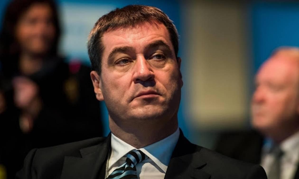 «Bόμβα» Ζέντερ: Η Ελλάδα δεν θα μείνει στο ευρώ - Να συζητήσουμε το plan B