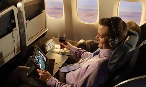 Οι ΗΠΑ απαγόρευσαν τις μεγάλες ηλεκτρονικές συσκευές σε αεροσκάφη – Δείτε ποιες χώρες επηρεάζει