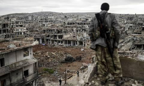 «Λευκός καπνός»: Όλες οι πλευρές στο τραπέζι του διαλόγου για το τέλος του εμφυλίου στη Συρία