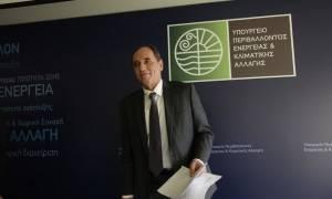 Στις Βρυξέλλες ο Σταθάκης για να κλείσει το Ενεργειακό