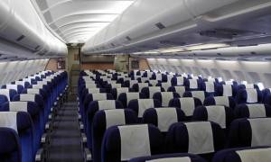 Μετά τις ΗΠΑ και το Λονδίνο: Σε αυτές τις πτήσεις θα επιτρέπονται μόνο τα κινητά