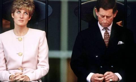 Αποκαλύψεις-Σοκ: Η Νταϊάνα χλεύαζε τον Κάρολο και τον χτυπούσε στο κεφάλι κάθε φορά που προσευχόταν