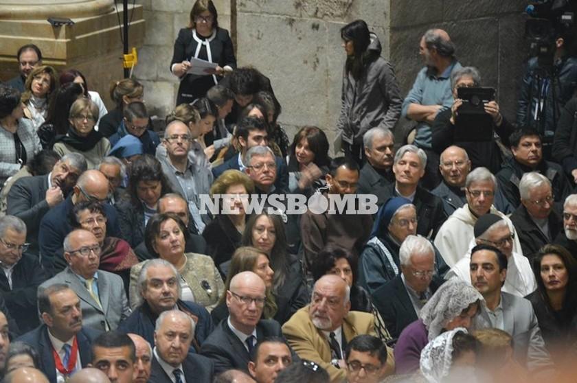 Ιστορικές στιγμές στην τελετή παράδοσης του Πανάγιου Τάφου (photos)