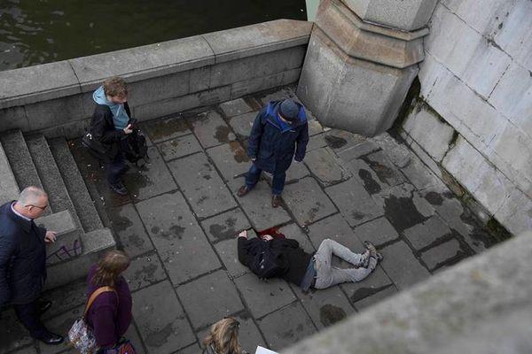 pirovolismoi londino