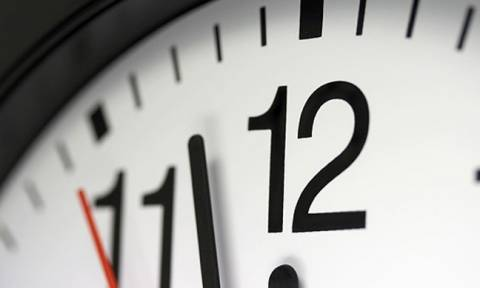 Πότε αλλάζει η ώρα - Γιατί γυρίζουμε τα ρολόγια μία ώρα μπροστά