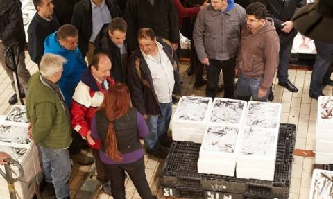 Στην Ιχθυόσκαλα ο Μητσοτάκης για τα προβλήματα σε αλιεία και εμπορία