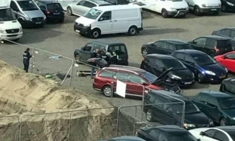 Συναγερμός στο Βέλγιο: Πήγε να παρασύρει πεζούς με αυτοκίνητο γεμάτο όπλα (pics+vid)