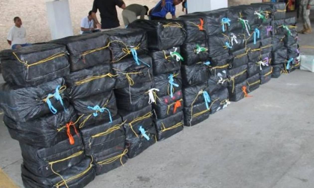 Μεγάλη ποσότητα κοκαΐνης κατασχέθηκε στα ανοικτά του Ισημερινού και της Κόστα Ρίκα