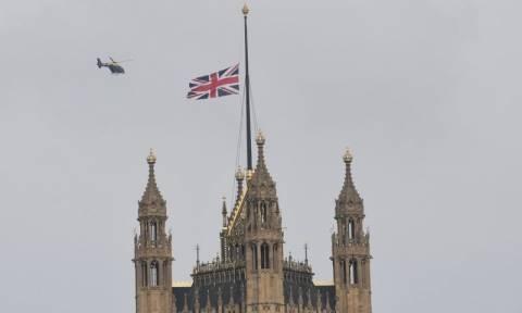 Πένθος στη Βρετανία - Πέντε οι νεκροί από την τρομοκρατική επίθεση στο Λονδίνο