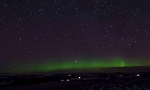 Το μαγικό Βόρειο Σέλας «χορεύει» πάνω από την Σκωτία! (vid)