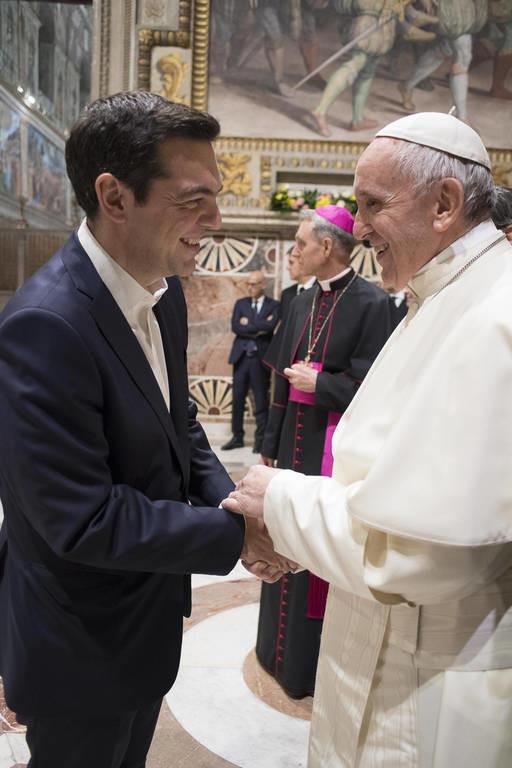 Το «ευχαριστώ» του Πάπα Φραγκίσκου στον Αλέξη Τσίπρα και η απάντηση του πρωθυπουργού (pics)