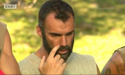 Survivor: Γνωστός τραγουδιστής τρολάρει... βασανιστικά τον Χούτο μέσω Twitter (photo)