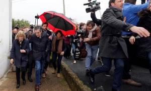 Γαλλία: Πέταξαν αυγά στον Φρανσουά Φιγιόν (video)