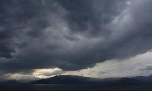Καιρός σήμερα: Με βροχές, καταιγίδες και ραγδαία πτώση της θερμοκρασίας η Δευτέρα (pics)