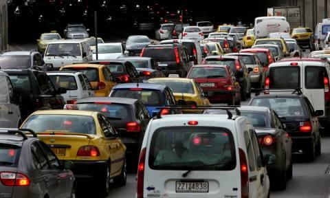 Boυτιά 73% στην αγορά νέων αυτοκινήτων: Στροφή στα οικονομικά