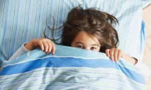 Οι πιο συχνές δικαιολογίες των παιδιών για να μην κοιμηθούν