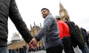 Λονδίνο: Αυτός είναι o 75χρονος που σκοτώθηκε στην επίθεση - Ανθρώπινη αλυσίδα στη μνήμη των θυμάτων