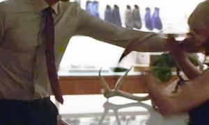 Ακατάλληλο βίντεο: Τρόμαξε από τα «προσόντα» διάσημου ηθοποιού και δείτε τι σοκαριστικό τού έκανε!