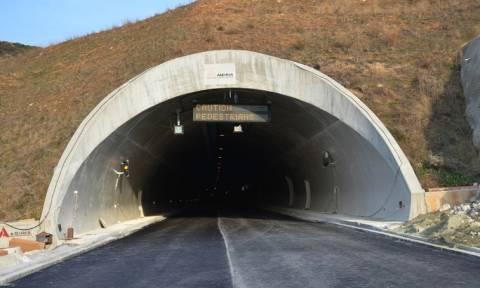 Στην κυκλοφορία θα δοθούν οι τέσσερις σήραγγες της νέας εθνικής οδού Κορίνθου-Πατρών