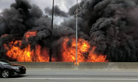 Τρόμος στις ΗΠΑ: Κατέρρευσε γέφυρα από τεράστια πυρκαγιά στην Ατλάντα – Συγκλονιστικές εικόνες
