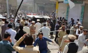 Βομβιστική επίθεση στο Πακιστάν: Τουλάχιστον 5 νεκροί και 40 τραυματίες
