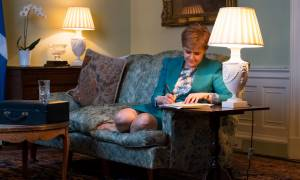 Brexit: Δημοψήφισμα τώρα ζητά η Σκωτία