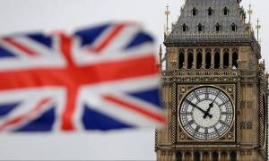 EU sets out 'phased' Brexit strategy