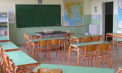 Καταγγελία σοκ - Ρόδος: Καθηγήτρια έδενε πισθάγκωνα μαθητές και τους έβγαζε τα φρύδια