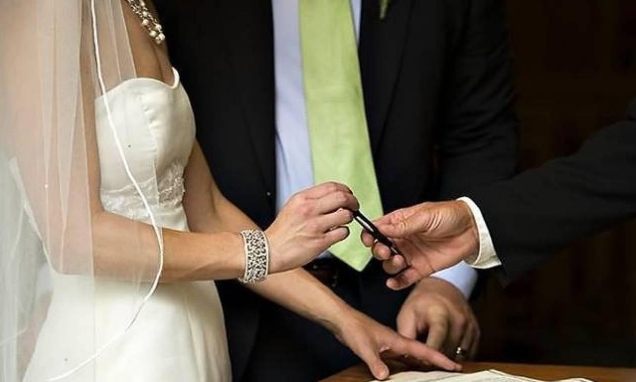 Απίστευτο! Άρον άρον «σχόλασε» γάμος στα Τρίκαλα όταν έμαθαν ότι η νύφη είναι...