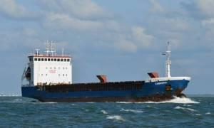 Ακυβέρνητο πλοίο ανοικτά της Άνδρου
