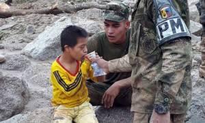 Θρήνος στην Κολομβία: 43 παιδιά ανάμεσα στους 254 νεκρούς από τις κατολισθήσεις λάσπης (Pics+Vids)