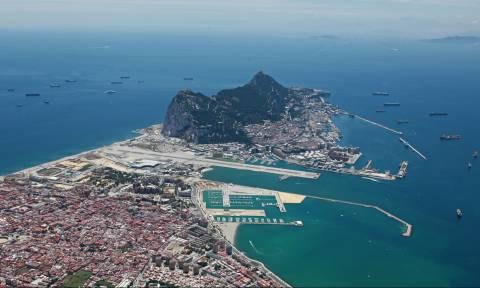 Brexit: Έτοιμη ακόμη για πόλεμο με την Ισπανία δηλώνει η Βρετανία για το Γιβραλτάρ (Vids)