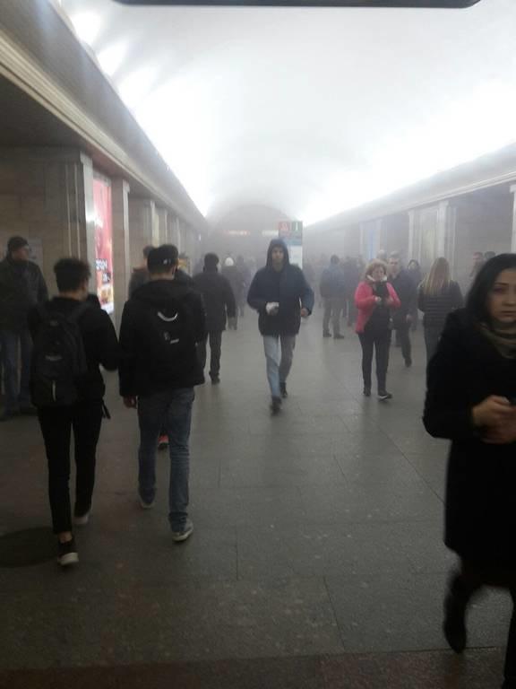 ΕΚΤΑΚΤΟ: Συναγερμός στη Ρωσία: Έκρηξη στο μετρό της Αγίας Πετρούπολης - Συγκλονιστικές φωτογραφίες