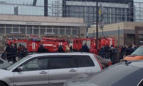 St Petersburg metro blast leaves many injured - media