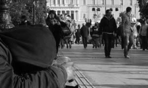Πείνα και ανέχεια: 392,53 ευρώ μεικτά ο μέσος μισθός μερικής απασχόλησης