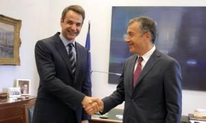 Τι συζήτησαν Μητσοτάκης - Θεοδωράκης στη Βουλή