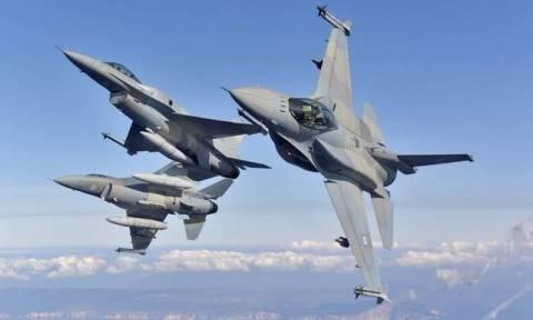 Γέμισε μαχητικά αεροσκάφη η Αθήνα: Δείτε το βίντεο