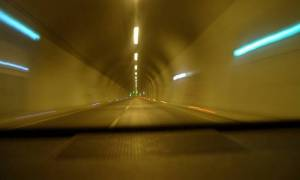 Six vehicle pile-up in Egnatia highway tunnel