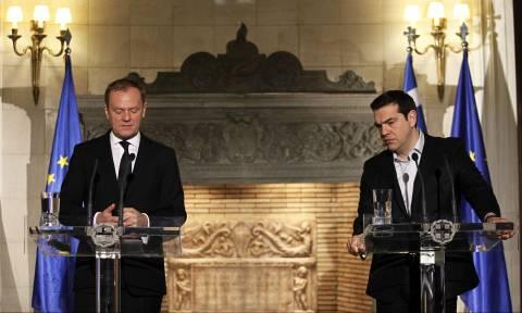Στην Αθήνα ο Ντόναλντ Τουσκ: Τι θα συζητήσει με τον Τσίπρα