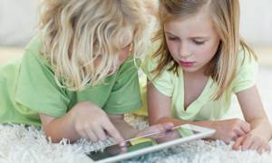 СМИ: детям в России хотят запретить пользоваться соцсетями