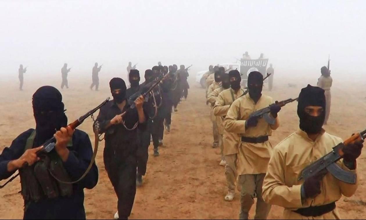 Τζιχαντιστές του ISIS μεταμφιέστηκαν σε αστυνομικούς και δολοφόνησαν 31 ανυποψίαστους ανθρώπους