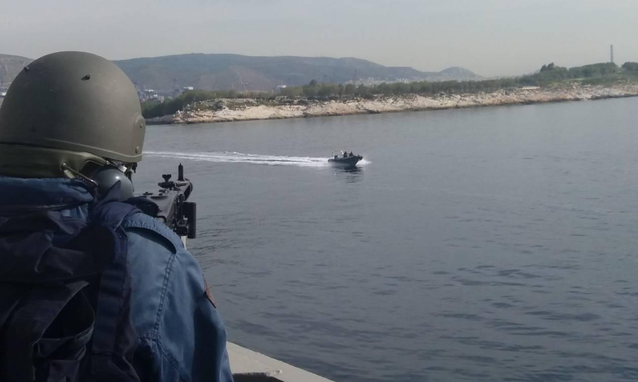 Πολεμικά πλοία και ΟΥΚάδες σε Αιγαίο, Μυρτώο και Σαρωνικό (pics)