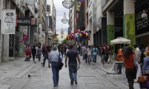 Απεργούν οι υπάλληλοι στο Εμπόριο την Κυριακή των Βαΐων