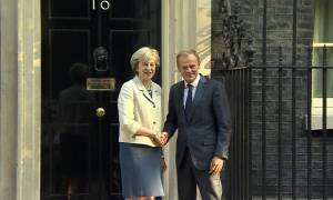 Brexit: Τουσκ και Μέι συμφώνησαν για αποκλιμάκωση των εντάσεων – Τι είπαν για Γιβραλτάρ